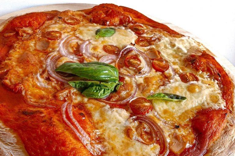 Pizza au thon